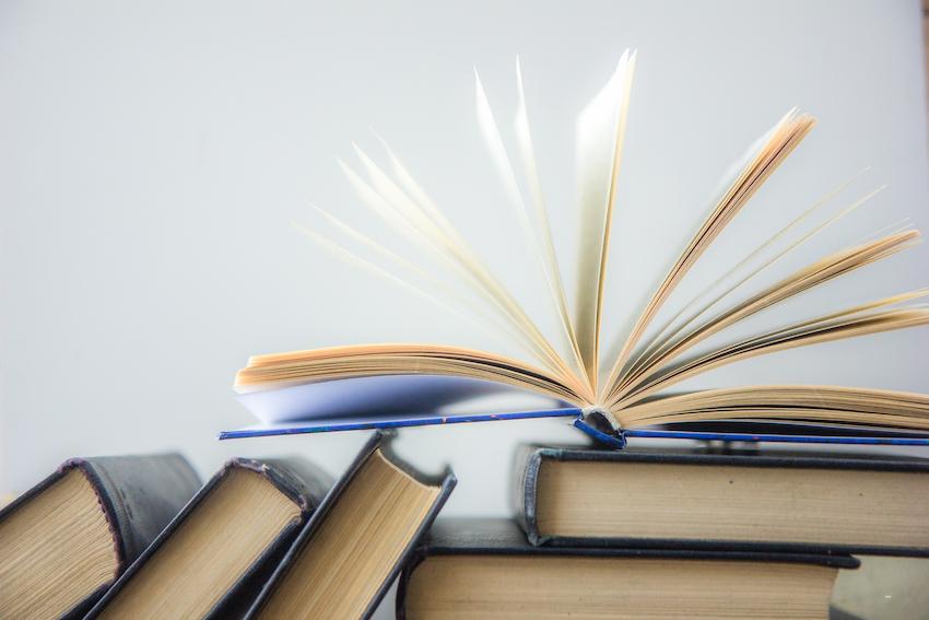 ¿Cómo elaborar la bibliografía y las referencias de un libro?